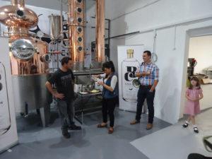 Wodka gestookt vanuit kaaswei. Een restproduct van de kaasproductie dat wordt verkocht in speciaalzaken over geheel het Verenigd Koninkrijk.